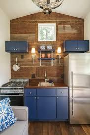 code couleur cuisine les 25 meilleures idées de la catégorie cuisines bleu cobalt sur