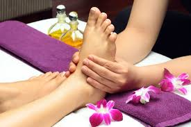 100 Foot Cozy SERVICES COZY FEET SPA