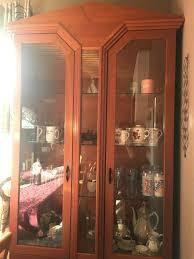 esszimmermöbel tisch anrichte vitrine und 6 stühle