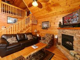 One Bedroom Cabins In Gatlinburg Tn by Hugs N Kisses Is A One Bedroom Cabin Located In Black Bear Falls