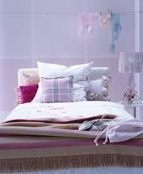 romantisches schlafzimmer mit mustermix bild kaufen