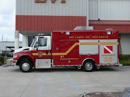 100 Emergency Truck Dive Response Service Vehicles Fire Rescue EVI