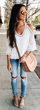 Summer Outfits White Cold Shoulder Blouse Destroyed Skinny Jeans Blush Leather Bag