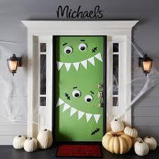 Halloween Door Decorations Pinterest by Michaels Has The Big Googly Eyes Holiday Halloween Ideas