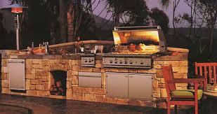 cuisine en dur concevoir une cuisine d été extérieure conseils et astuces