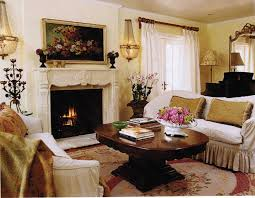 Chic Living Room Decorating Ideas With Fireplace
