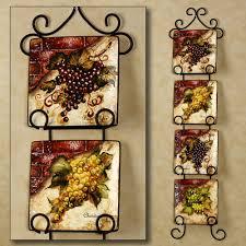 Wine And Grape Kitchen Decor Ideas