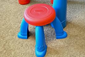 Easel Desk With Stool by Creative Time With The Little Tikes 2 In 1 Art Desk And Easel