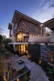 100 Ruf Project THE W38TH RESIDENCE IS A TROPICAL FLOATING HOUSE IN VANCOUVER