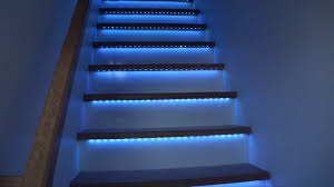 escalier à bandeaux de led rgb