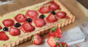 beerenstark puddingtarte mit erdbeeren und heidelbeeren