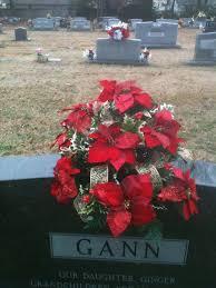 ideas for graveside decorations 25 unique graveside decorations ideas on grave