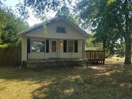 3 Bedroom Apartments Wichita Ks by 3208 W 9th St N For Rent Wichita Ks Trulia