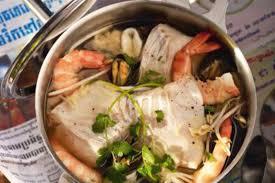 youmiam pot au feu aux fruits de mer et à la mangue verte
