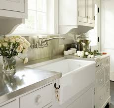 fireclay sinks everything you need to know qualitybath com discover