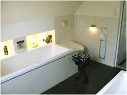 badewanne unter dachschräge einbauen badewanne neues