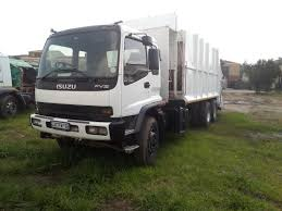 Brilliant USED Compactor Trucks Available, ISUZU And Nissan UD ...