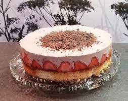 schoko sahne torte mit erdbeeren low carb mit genuss