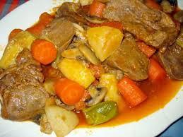 cuisiner du veau recette de langue de veau en sauce avec légumes