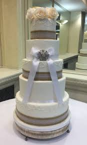 5 Tier Wedding Cake With Hessian Lace And Pearl Detail