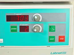 100 V01 Hermle Centrifuge 6000 RPM With 6 Place Rotor 22097 360g Z200A