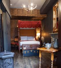 harry potter chambre harry potter inspired hotel room in hype malaysia