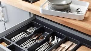 rangement pour tiroir cuisine 5 idées pour une cuisine maxi rangement côté maison