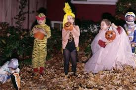 Snopes Drugged Halloween Candy by Trick Or Treat Is There Poison In Your Pixy Stix Mental Floss