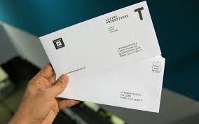 si e la banque postale tollé à la banque postale qui fait payer les timbres le parisien