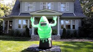 Halloween Blow Up Decorations For The Yard by Halloween Inflatable Ghostbusters Slimer Youtube