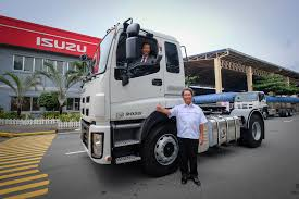 Isuzu To Carry Five New Heavy-duty Trucks | Gadgets Magazine Philippines Heavy Truck Res Manufacturing Duty Transport All City Towing Mercedesbenz 2638 2635 Tractor 6x4 V8 Top Cdition Tomato Illustration Of Billboard And Steel Frame On Royalty Brand New 375hp 64 Jac Heavyduty Ucktrailer Truck Hoods For All Makes Models Of Medium Trucks Duty Tow Truck Usa Stock Photo 86615404 Alamy Toy Isolated Over White Background Picture Repair Bigler Boyz Enviro Inc