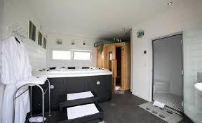 chambre d hôtes ile de ré chambre d hôte et locations avec piscine ile de ré residence le