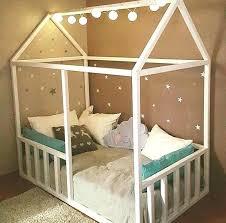 cabane dans la chambre diy lit cabane chambre yet bilalbudhani me