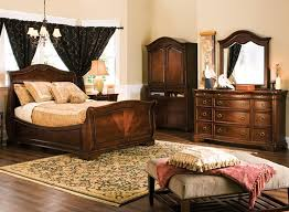 Raymour And Flanigan Furniture Dressers by Heritage Court 4 Pc King Bedroom Set Bedroom Sets Raymour And