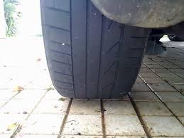 gaspillent irrégulière de pneu coté droit problèmes