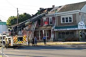 sinking spring woman dies after fire rips through apartment
