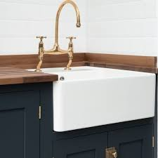 Best Kitchen Sink Material Uk by 25 Best Kitchen Sinks And Taps Images On Pinterest Kitchen Taps