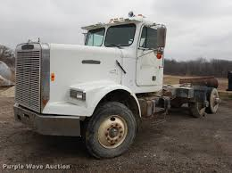 1987 Freightliner FLC Classic Semi Truck | Item DC0432 | SOL... Texas Salvage And Surplus Buyers About Us Tow Trucks Wrecked For Sale Certified Experienced Heavy Truck Trailer Repair Services In Calgary Lvo Kens Equipment Real Steel Crashes Auto Auction Were Always Buying Running Or Pickup For Nj Arstic N Magazine 7314790160 Tampa