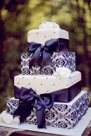 Best 25 Purple Wedding Cakes Ideas On Pinterest