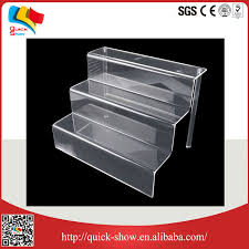New Design Centerpiece Make Up Acrylic Stepped Display Stand