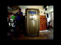 Tractor Supply Gun Safe Winchester by Gun Safe Pry Test Winchester Cannon Stack On Sentry Safe Junk