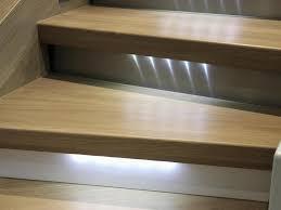 pour escalier un éclairage tendance et sécurisé