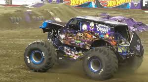 Son-uva Digger Freestyle Santa Clara | Monster Jam 2018 - YouTube Sonuva Digger Truck Decal Pack Monster Jam Stickers Decalcomania The Story Behind Grave Everybodys Heard Of Traxxas Rc Rcnewzcom World Finals Xviii Details Plus A Giveway Sport Mod Trigger King Radio Controlled New Bright 61030g 96v Remote Win Tickets To This Weekends Sacramentokidsnet On Twitter Tune In Watch Son Of Grave Digger Monster Truck 28 Images Son Uva Birthday Shirt Monogram Xvii Competitors Announced Monster Jam Qa With Dan Evans See Blog