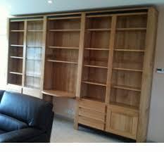 bibliothèque avec bureau intégré vitrinnes bonnetieres meubles et arts liffolois