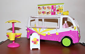 SHOPKINS ~ SCOOPS Ice Cream Truck Van ~ Food Fair & Accessories ... Shopkins Food Fair Scoops Ice Cream Trucks Snyders Candy Glitzi Truck Playset Buy New Super Rare Glitz Shopkins Scoops Ice Cream Truck New Sustainable Yum Tucson Weekly Van Leeuwen Convicts Scoop Handmade Portland Roaming Hunger Season 3 4 1877654235 Toy Video Review Youtube Bourne Toys Honeycomb