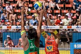 canap駸 monsieur meuble prague team photo gallery 2008 05 swatch fivb stvanice by