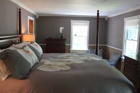 size of bedroom what color furniture goes with grey walls