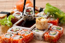 cuisine japonaise traditionnelle traditional japanese food sushi closeup japanese sushi on a