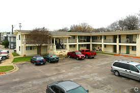 100 Cornerstone Apartments San Marcos Tx For Rent In Austin Forrent Com