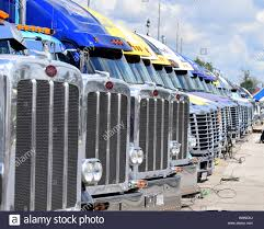 100 Grills For Trucks Indianapolis Indiana July 23 2016 The Front Grills Of A